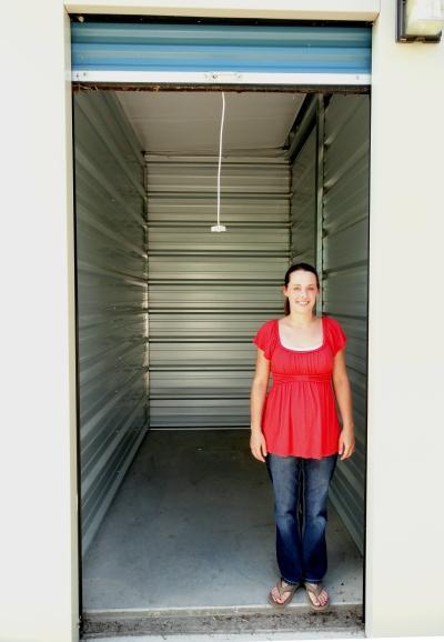 Bedroom 10x10 Size: Storage Unit Sizes & Pricing For Madison Lake
